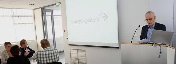 Hermann Guðjónsson forstjóri Samgöngustofu í pontu